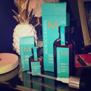 NEW UNOPENED Moroccan oil treatment